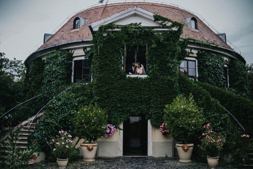 Selyemgombolyító. Rendezvényhelyszín és esküvőhelyszín Óbuda történelmi parkjában.