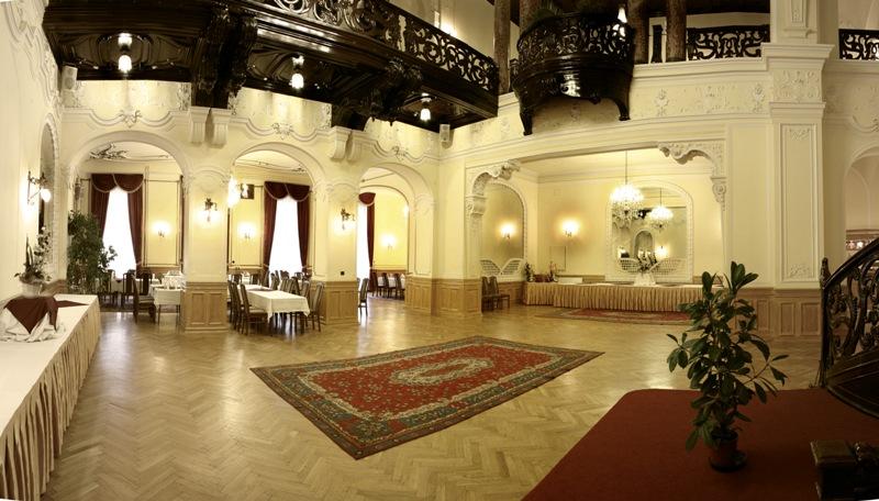 Duna Palota. Rendezvényhelyszín, bálterem, esküvőhelyszín a pesti Belvárosban.